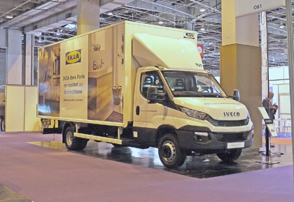 v hicules un daily iveco aux couleurs d 39 ikea au congr s mondial du gaz actu transport. Black Bedroom Furniture Sets. Home Design Ideas