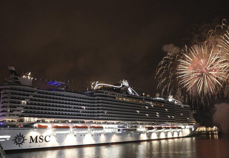 """MSC Seaview is christened in Genoa.jpg"""
