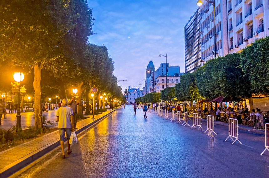 Street restaurants in Habib Bourguiba Avenue in Tunis