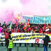Grèves dans les ports