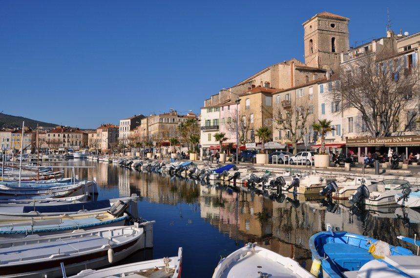 La Ciotat, église, port et barques