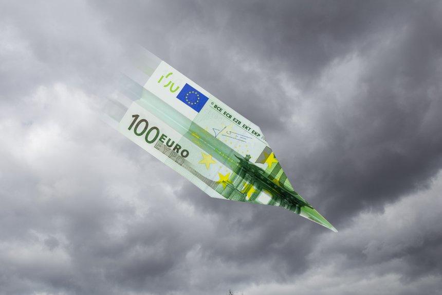 Euro-Papierflieger stürzt ab
