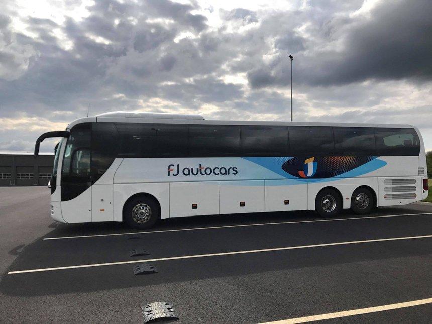 Fin D Une Epoque En Bretagne Fj Autocars En Liquidation Bus Car Tourisme De Groupe