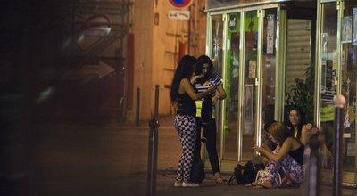 Prostitution : Cinq ans après, une loi lacunaire