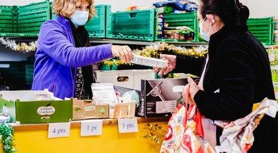 Aide alimentaire : les associations ont distribué plus de denrées en 2020 qu'en 2019