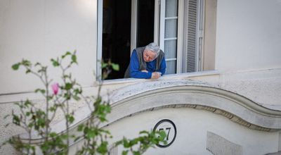 Isolement : 530 000 personnes âgées en situation de « mort sociale », selon les Petits Frères des Pauvres