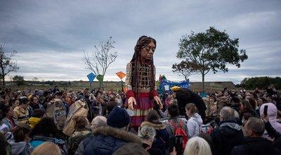 Exil: «La marche d'Amal» passe à Calais